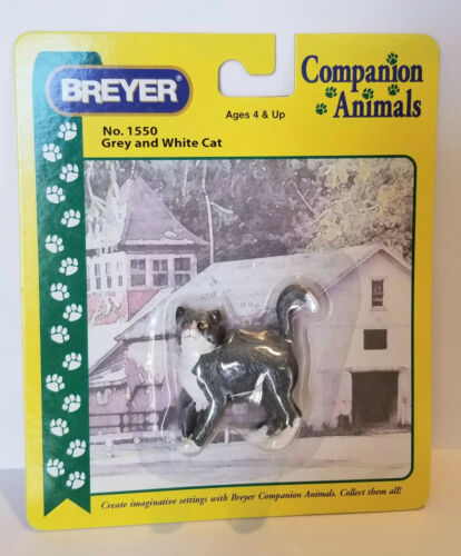 Breyer 1550 Grey and White Cat Companion Animal Traditional Model Retired