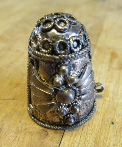 Vtg Ornate Raised Design Sterling Silver 925 Thimble Loop Bale For Chatelaine