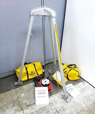 Miller Manhandler 8442 M52 Confined Space System - 2 Winches Tripod Manual