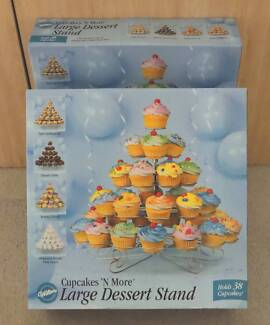 Brand New - Wilton Cupcake Stands x 2 Holds 38
