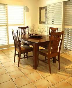 Early 1900s timber dining setting + 4 x chairs (F. Tritton & Co.) Yeronga Brisbane South West Preview