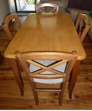 Dining Set - Table & 4 Matching Chairs Richmond Hawkesbury Area Preview