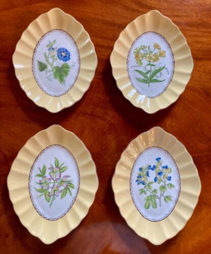 "Set of 4 Andrea by Sadek Oval Scalloped Plates ""English Garden"" Floral Decorated"