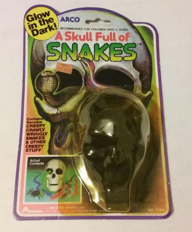 ARCO - Skull Full of Snakes - 1983 - PACKAGE - Horror Monster Toy - Dime Store