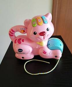 Vtech Pull & Play Kitten - Ages 9-36 mths - like 'NEW' Condition