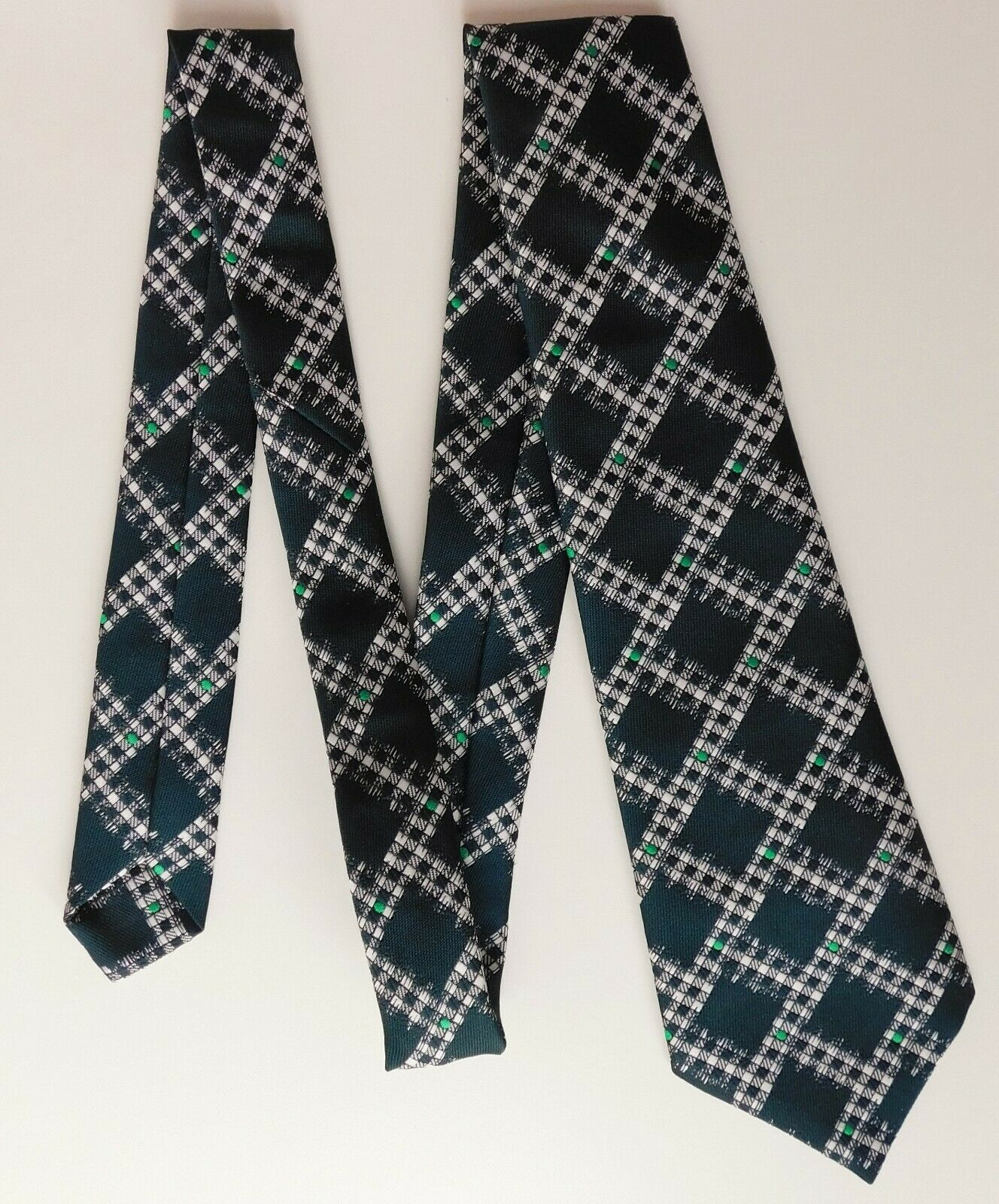Green and white check tie by Theros vintage 1970s classic mens wear