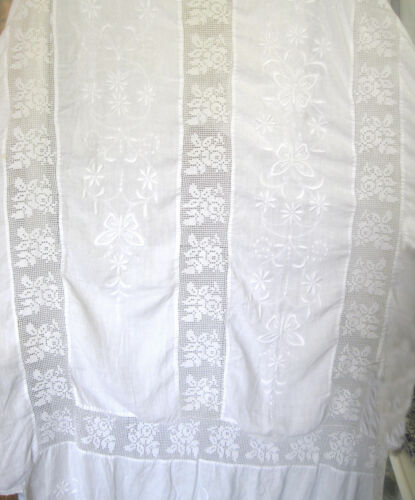 vintage white double/full bedspread of hand embroidered linen & crochet lace