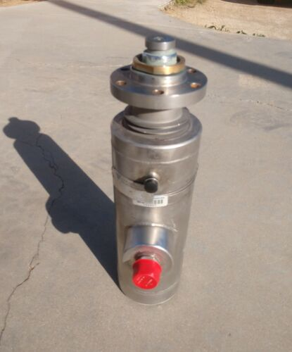 CS&P Technologies Cryogenic LCNG High-Pressure Pump (Cold End)