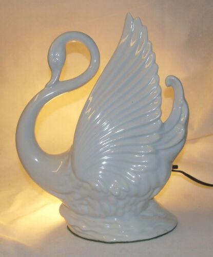 Maddux of California White Porcelain Swan Mid-Century Modern TV Lamp Planter VTG