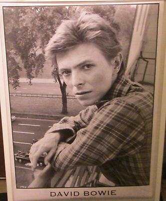 DAVID BOWIE POSTER LIVE NEW NEVER OPENED LATE 2000'S VINTAGE  london 1977