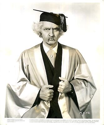 ADVENTURES OF MARK TWAIN 1944 Fredric March MORTAR BOARD 10x8 PORTRAIT