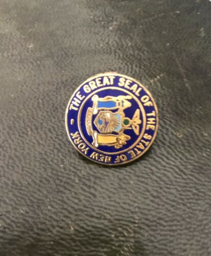 New York State Seal Cloisonne Logo Lapel Pin Free Shipping