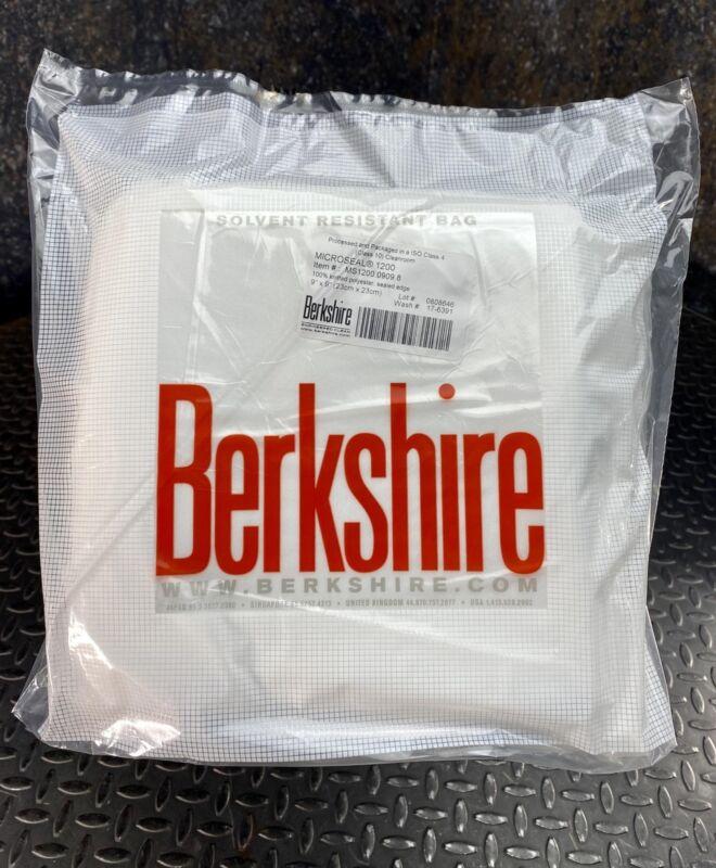 "Berkshire MS1200.0909.8 Microseal 1200 Cleanroom Wiper 9""x9"", 100 pcs"