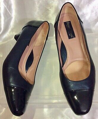 BeautiFeel Dark Blue Leather Black Patent Cap Toe Classic Shoes Womens 38 ($320) Dark Blue Patent Leather
