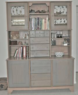 Hutch/Buffet/Display Unit Bellbowrie Brisbane North West Preview