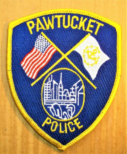 GEMSCO NOS Vintage Patch Collectible POLICE PAWTUCKET RI - Original 25+