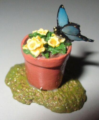 Wee Forest Folk Figurine A-5 Flower Pot w/ Blue Butterfly Accessory MINT