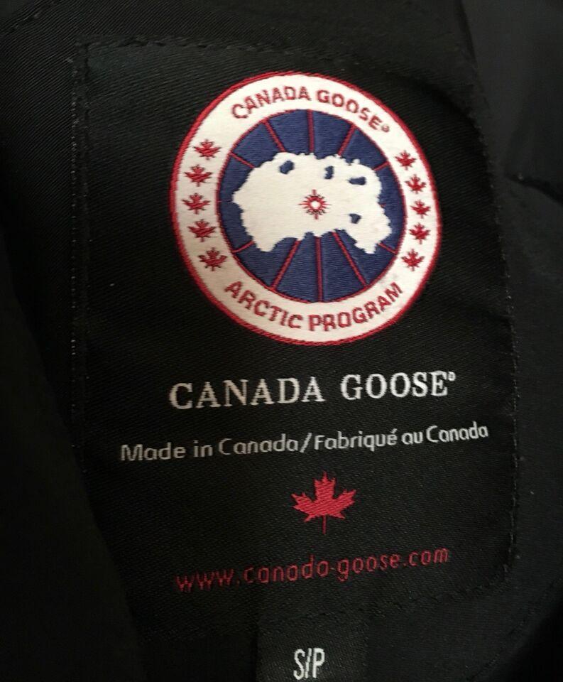 map of canada goose logo