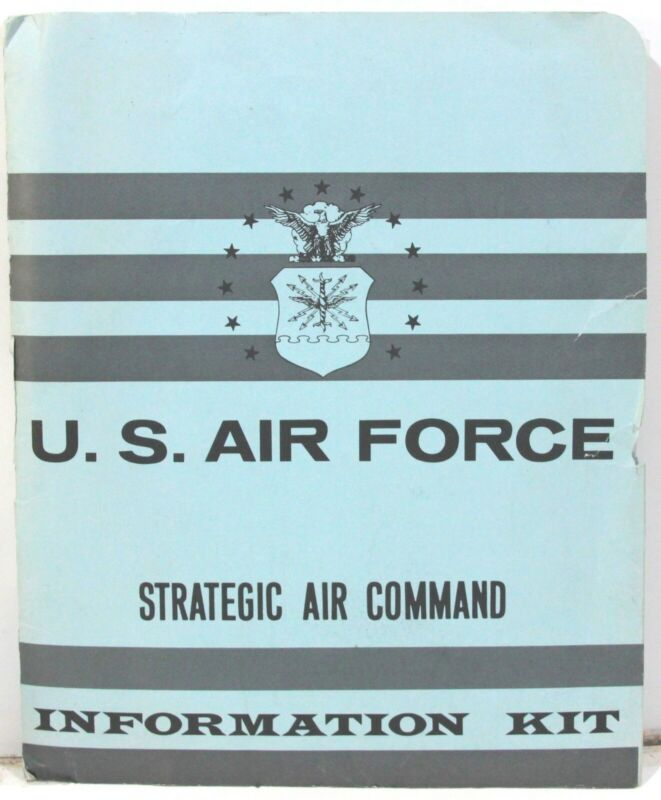 US Air Force Strategic Air Command Information Kit 1967-69 w/ Photos & Briefings