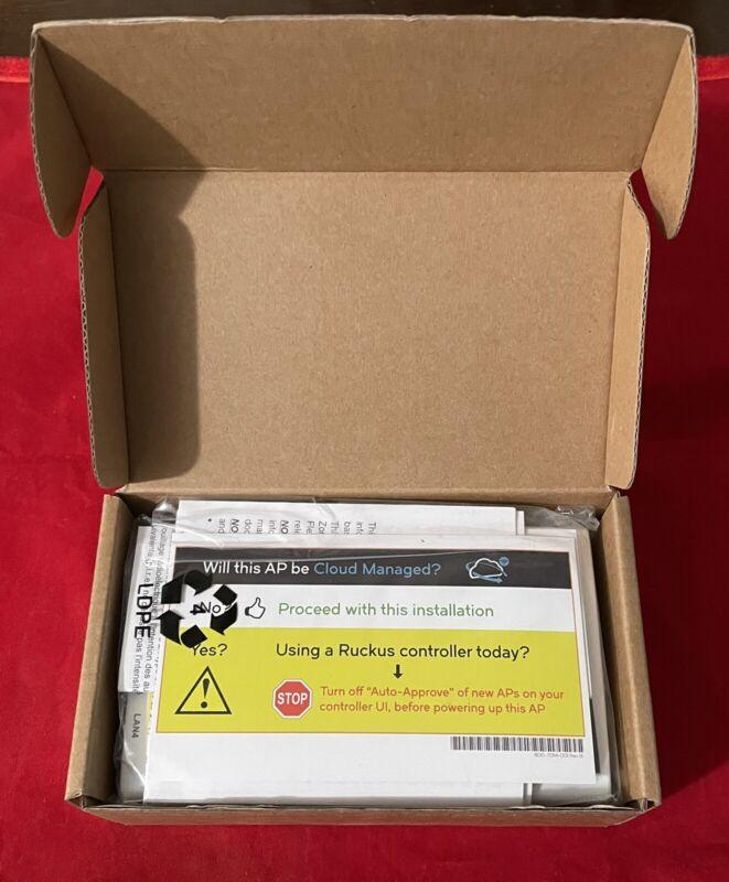 Ruckus Wireless ZoneFlex H500 Wired Wireless Switch 901-H500-US00
