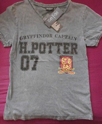 Harry Potter T-Shirt mit Gryffindor Captain Zeichen Schriftzug