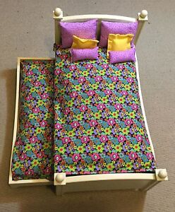 Trundle bed (American girl doll bed)