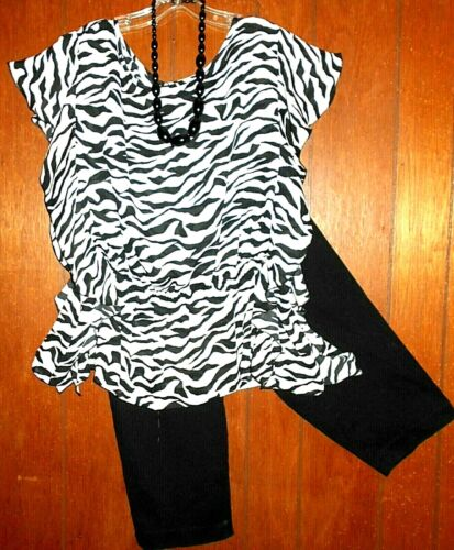 3 Pc Lot 3X 2X *INVESTMENTS ll Ruffle Top *Capris* Necklace* Women Plus Size