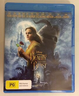 DISNEY BEAUTY AND THE BEAST BLU-RAY. NO SCRATCHES ON DISC.