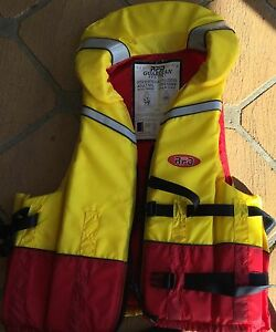 Life Jackets Swansea Lake Macquarie Area Preview