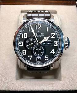 Zenith Pilot Montre d'Aeronef Type 20 Annual Calendar Inglewood Stirling Area Preview