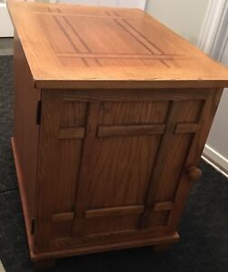 End table with storage and magazine rack