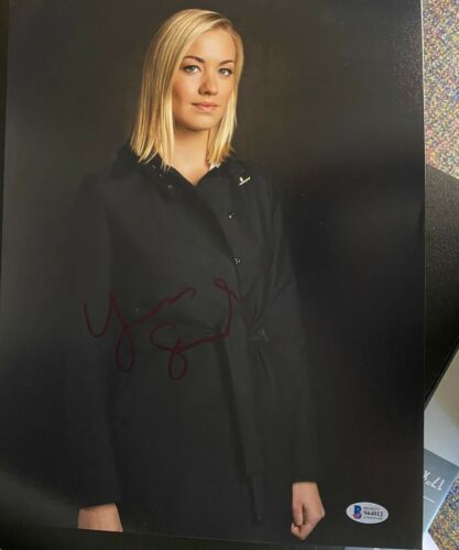 HOT and Rare Yvonne Strahovski Chuck Handmaids Tale Signed 11x14 photo BAS