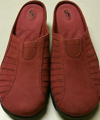 SOFTWALK COMFORTABLE PADDED RED SUEDE SLIP ON CLOGS MULES SHOES SZ 10 - Softwalk Suede Clogs