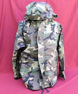 ECWCS Gore-Tex Cold Weather Woodland Camo Parka Jacket Size LARGE REG