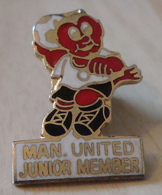 MANCHESTER UNITED Vintage 70s 80s badge Maker REEVES Bham Brooch pin 20mm x 29mm
