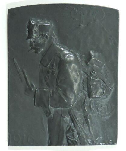 WWI Commemorative Table Medal: Austrian Infantryman, 1916