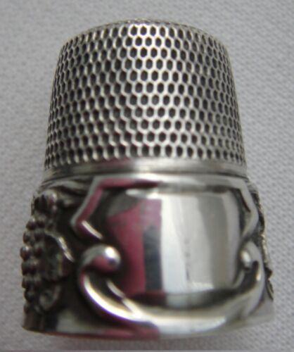Antique Simon Bros Sterling Silver Grape Design Thimble~No Monogram on Cartouche