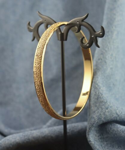 Signed Monet Textured Center w/ Angled Trim Gold Tone Bangle Bracelet