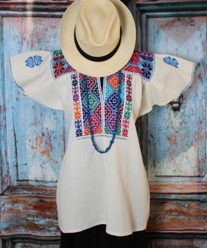 Hand Embroidered Mexican Peasant Blouse traditional Ejutla Oaxaca Hippie Boho