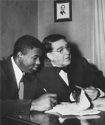 BRANCH RICKEY SIGNS JACKIE ROBINSON TO BROOKLYN DODGERS -  8X10 PHOTO (EP-523)
