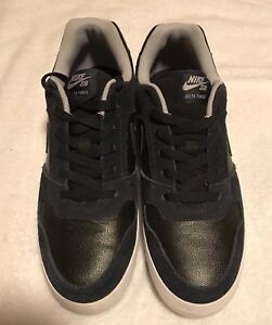 Men's Nike and Van shoes