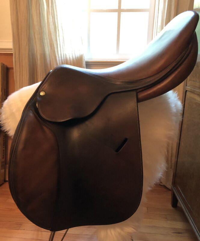 """Classic 1996 Butet 17"""" L Seat Close Contact Saddle"""