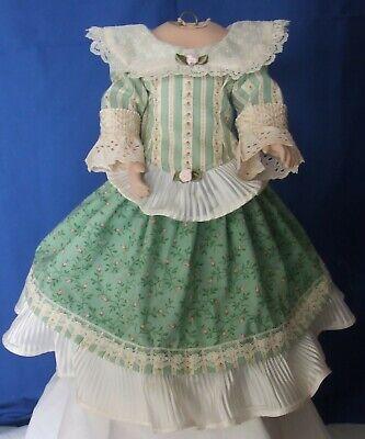 Beautiful Antique Dress Fits 14-16