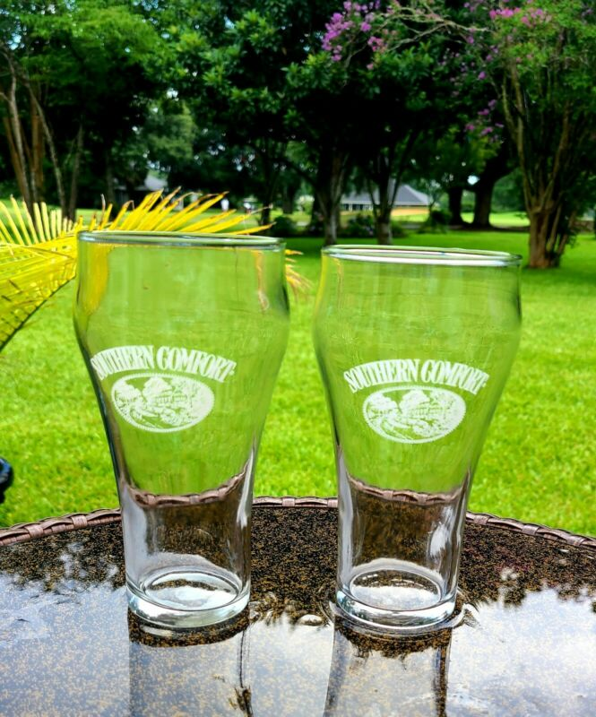 Set of 2 Southern Comfort Whiskey Coke Fountain Style Glasses 6 Inch Bar Ware