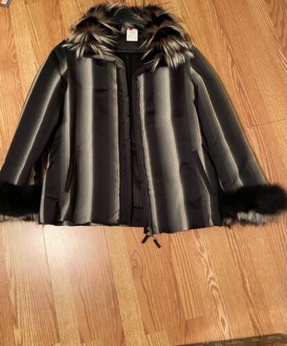 GIANFRANCO FERRE MADE IN ITALY ELEGANT Zippered Jacket with Fur