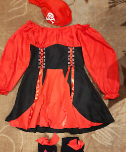 Pirate Halloween Costume (size 6 - 8)