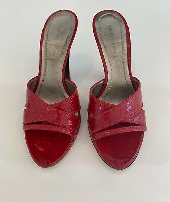 Mule Costume (COSTUME NATIONAL CIABATTA ROSSO RED PATENT LEATHER SLIDE MULE SANDAL SHOES)