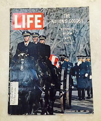 LIFE MAGAZINE NASA ASTRONAUTS GRISSOM, WHITE, CHAFFEE FEBRUARY 10, 1967