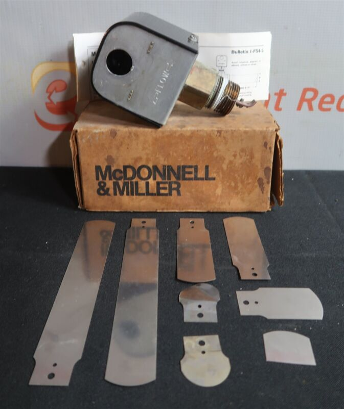 """McDonnell & Miller FS4-3 General Purpose Paddle Style Liquid Flow Switch 1"""" New"""