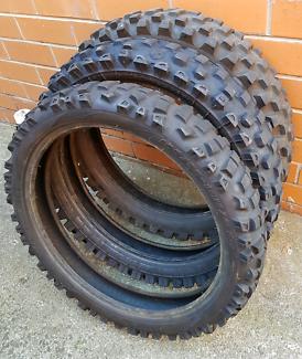 • Free - MX  / Dirtbike Tyres ×3